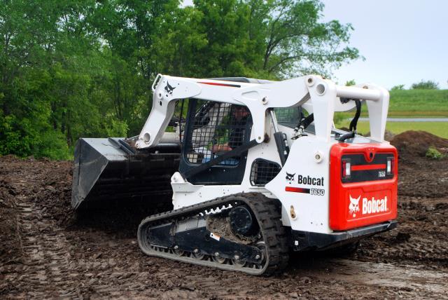 Bobcat T650 Track Skid Steer 80 Inch Rentals Oswego Il