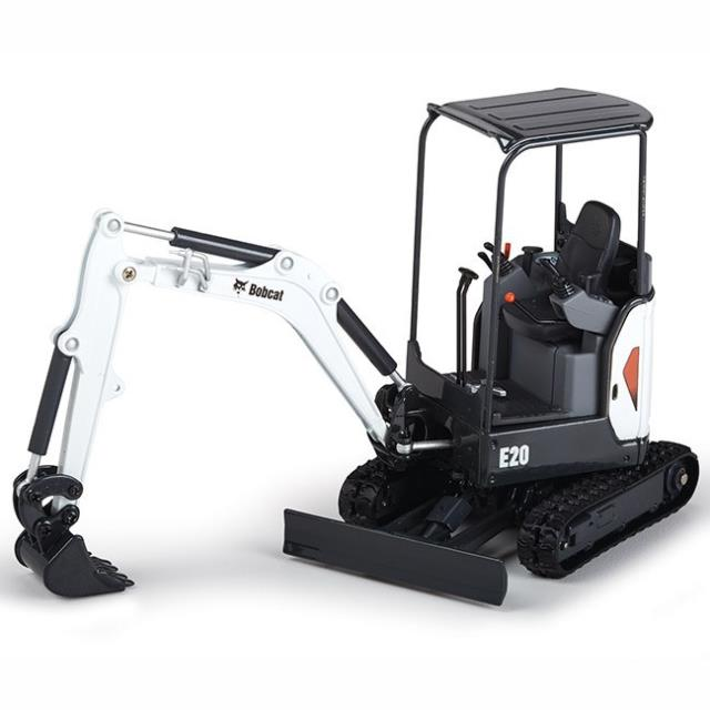 Where to find EXCAVATOR 7.5 FT MINI 324   E20 in Oswego